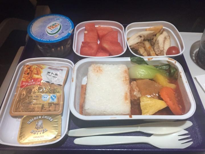 中国東方航空の機内食に期待したらダメ
