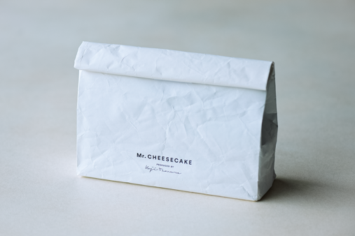 Mr. CHEESECAKE with Cooler Bag